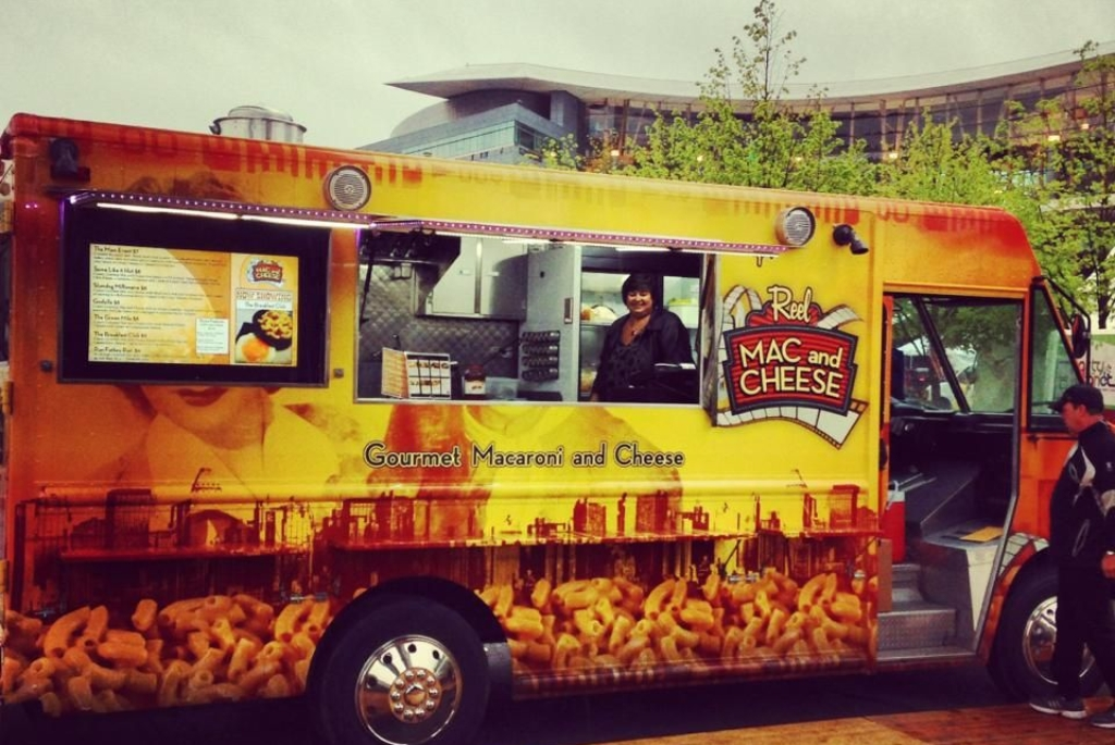 sfv-reel-mac-cheese-truck1