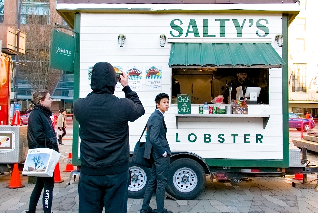 saltys-lobster-food-truck-vancouver